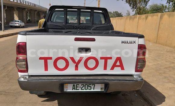 Acheter Occasion Voiture Toyota Hilux Blanc à Niamey, Niamey