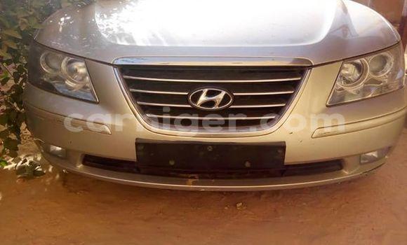 Acheter Occasion Voiture Hyundai Sonata Gris à Niamey, Niamey