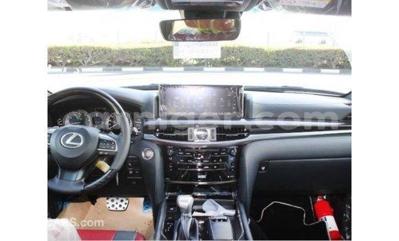 Acheter Importé Voiture Lexus LX Blanc à Import - Dubai, Agadez