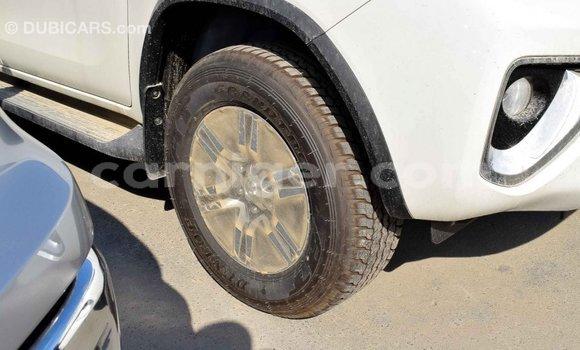Acheter Importé Voiture Toyota Fortuner Blanc à Import - Dubai, Agadez
