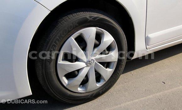 Acheter Importé Voiture Toyota Yaris Blanc à Import - Dubai, Agadez
