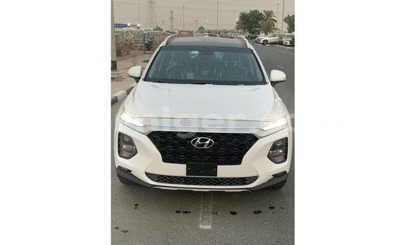 Medium with watermark hyundai santa fe agadez import dubai 5512