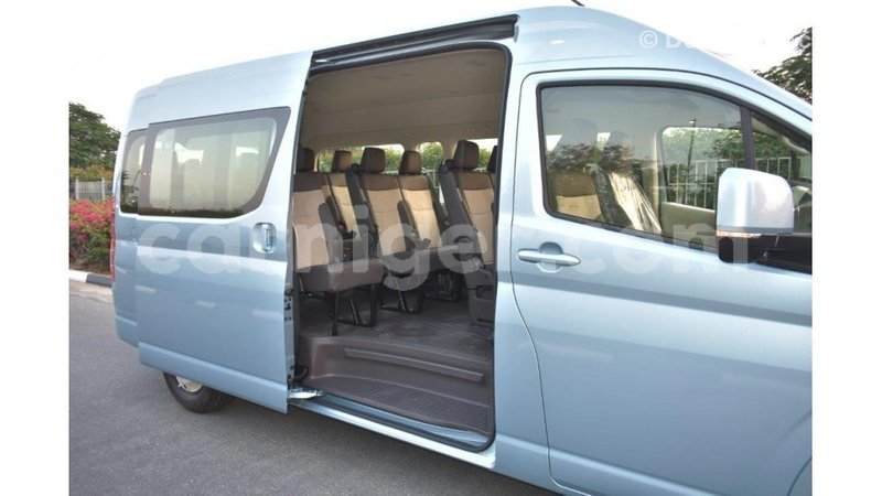 Big with watermark toyota hiace agadez import dubai 6922
