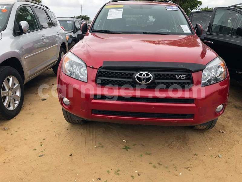 Big with watermark toyota rav4 tahoua illela 6926