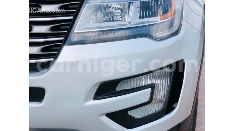 Big with watermark ford explorer agadez import dubai 7113