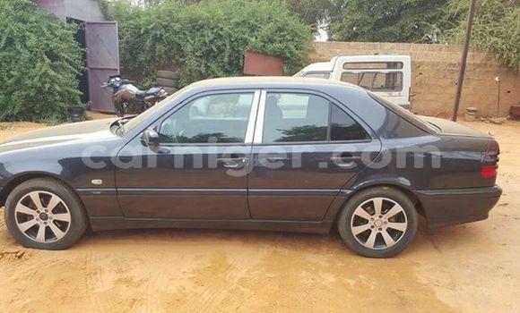 Acheter Occasion Voiture Mercedes‒Benz C–Class Bleu à Arlit, Agadez