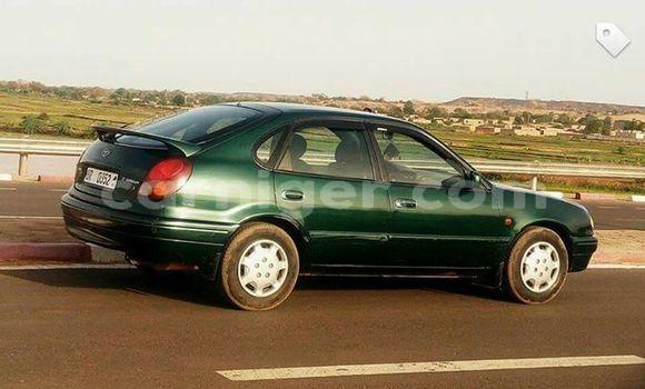 Acheter Occasion Voiture Toyota Corolla Vert à Agadez au Agadez