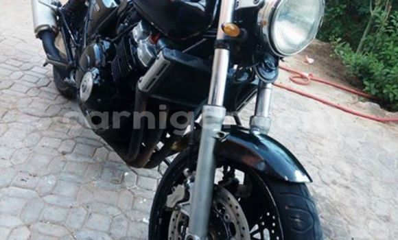 Acheter Occasion Moto Honda CB400 Noir à Agadez au Agadez