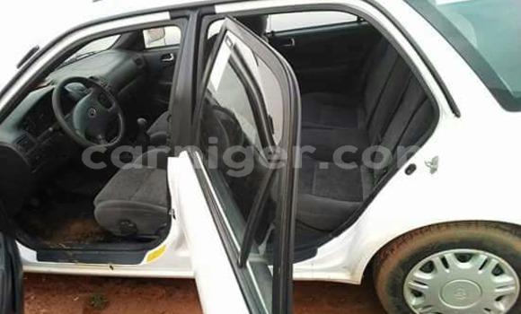 Acheter Occasion Voiture Toyota Corolla Blanc à Niamey au Niamey