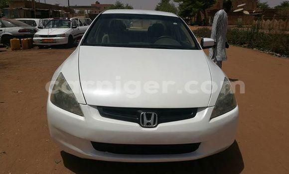 Acheter Occasion Voiture Honda Accord Blanc à Niamey au Niamey