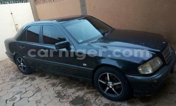 Acheter Occasion Voiture Mercedes Benz C–Class Noir à Niamey, Niamey