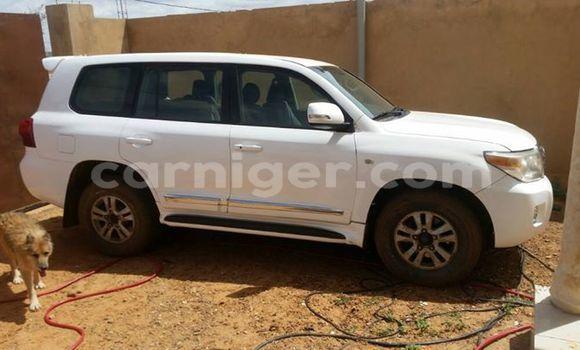 Acheter Occasions Voiture Toyota Land Cruiser Blanc à Niamey au Niamey