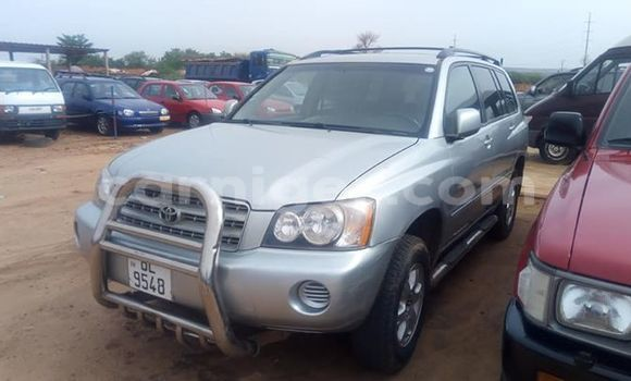 Acheter Occasions Voiture Toyota Highlander Gris à Niamey au Niamey