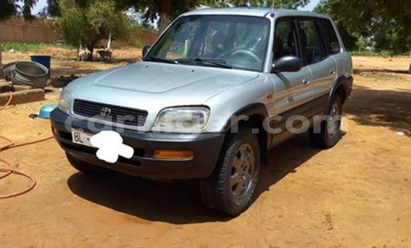 Acheter Occasions Voiture Toyota RAV4 Gris à Niamey au Niamey