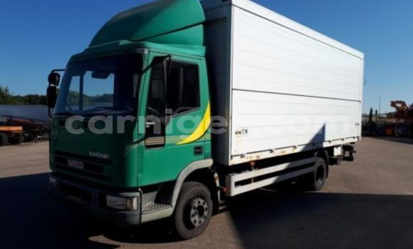 Medium with watermark iveco 10