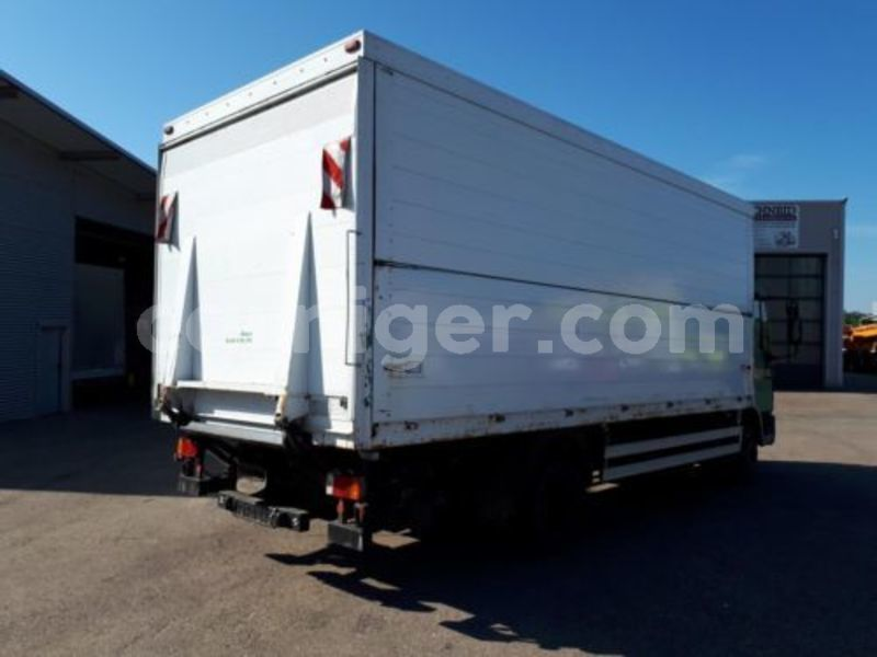 Big with watermark iveco 11