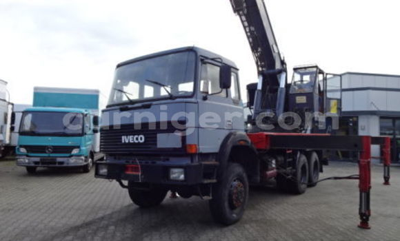 Medium with watermark iveco 112